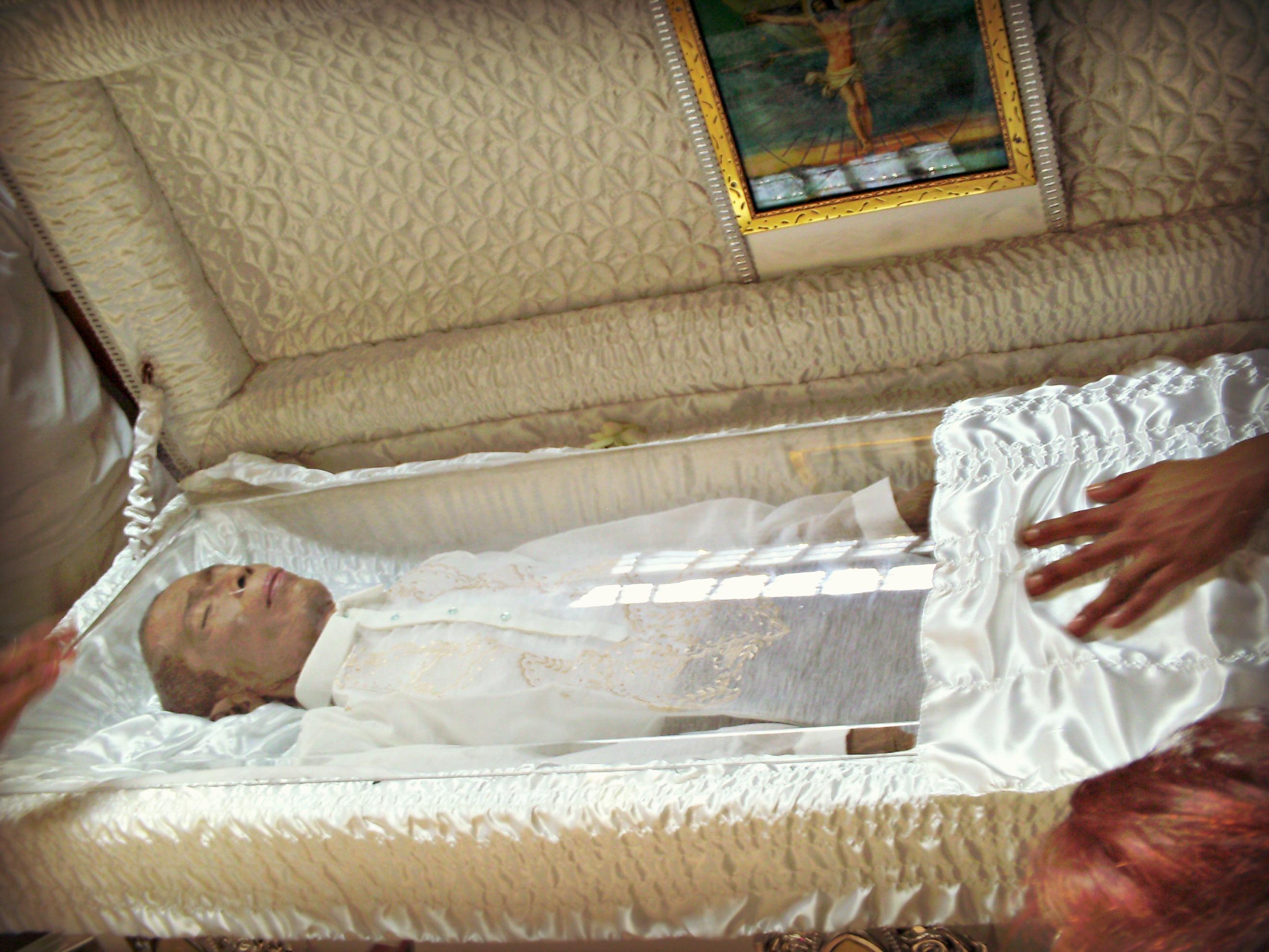 Casket Dead People in Coffins